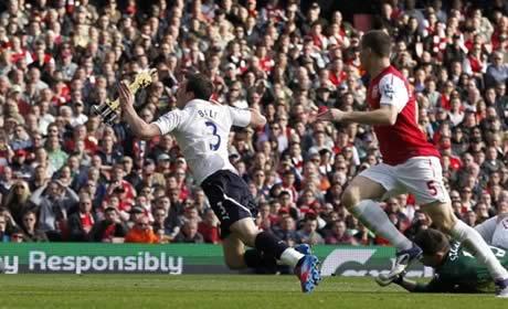 Gareth Bale dive