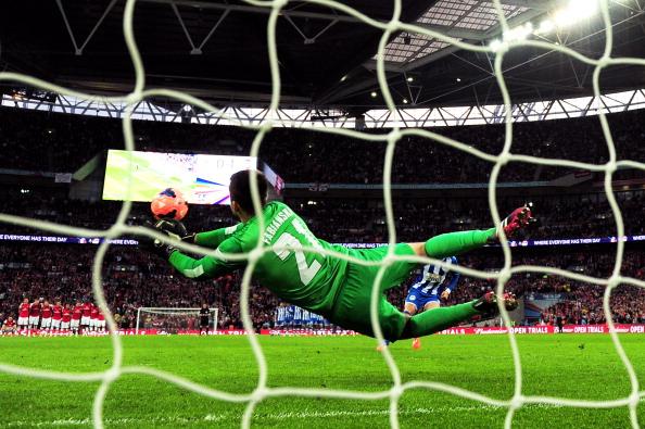 Lukasz Fabianski penalty save