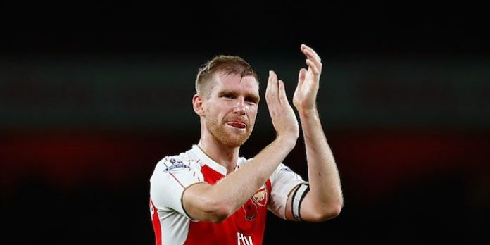 Mertesacker v Spurs