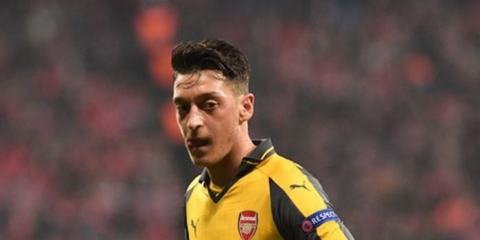 Reports: Ozil to miss Liverpool with illness