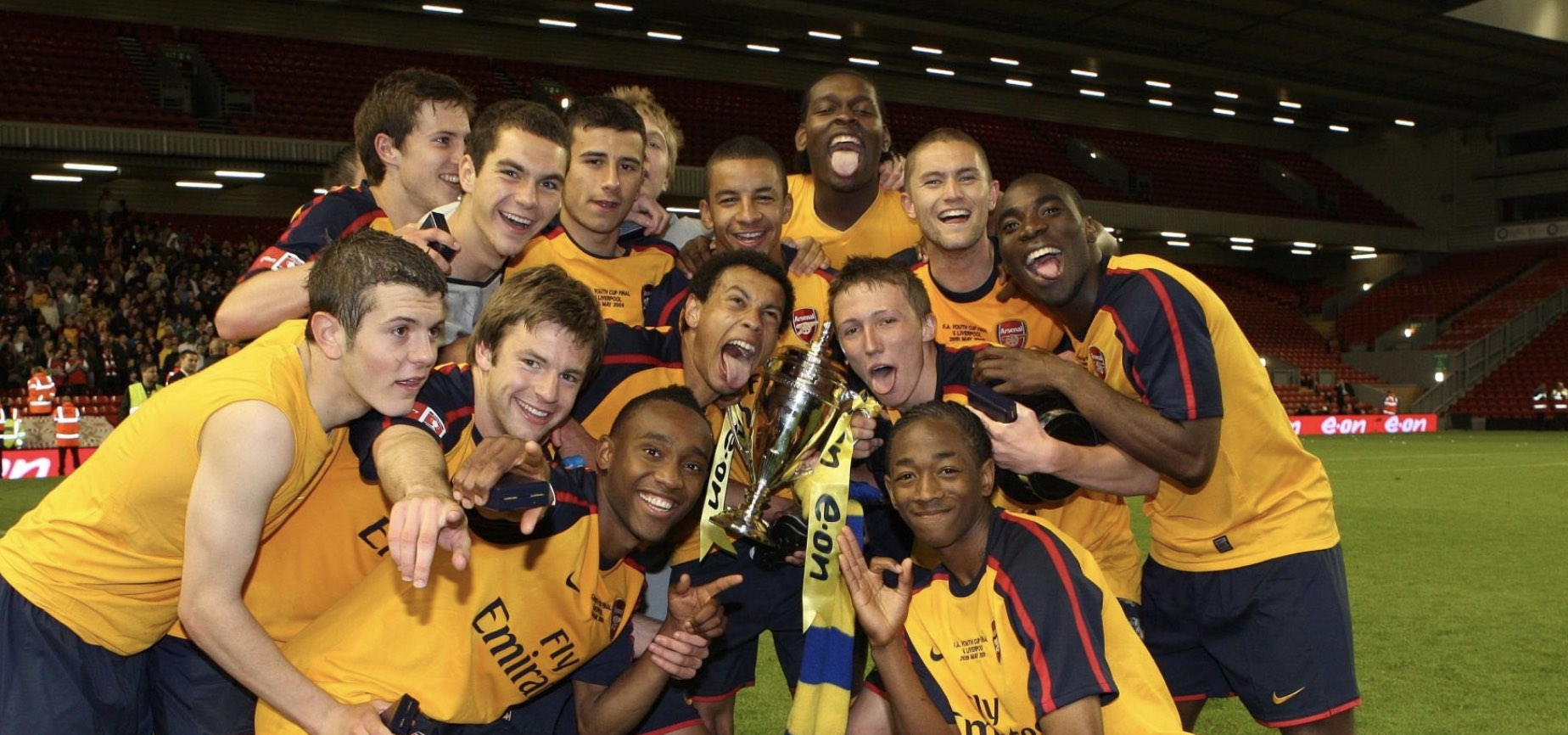 Sanchez Watt and Arsenal teammates celebrate winning the FA Youth Cup in 2009.