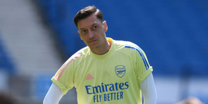 Agent: Ozil not moving until 2021